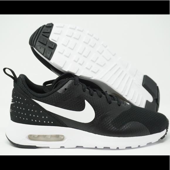 Nike Air Max Tavas Women's Running Shoes NWT